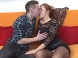 Mamina se spustí s mladíkem – české porno
