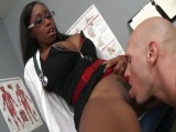 Pacient zasune do černé doktorky