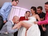 Nevěsta podrží svatebním hostům – české porno