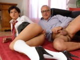 Sexy studentka pro dědka