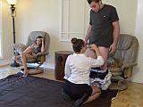 Trojka s mladou holkou a perverzní maminou