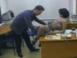 Sexy sekretářka souloží přímo na pracovišti