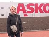 Sex v autě s ženou v nesnázích – české porno