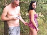 Nicol je při focení hodně povolná – české porno
