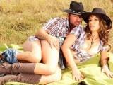 Nadržená holka z ranče