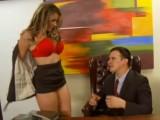 Nadržená sekretářka šoustá se svým šéfem