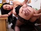 Divoký sex s kozatou paničkou v kanceláři