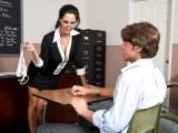 Nadržená učitelka Ava Addams souloží se studentem