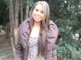 Cizinec v pražském parku sbalil mladou holku