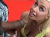 Pornohvězda Tara Lynn Foxx je zmrdána černochem