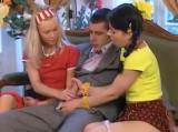 Robert Rosenberg šuká dvě školačky v německém pornu