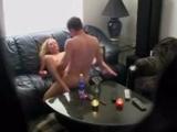 Chlápek nafilmoval nevěrnou manželku na skrytou kameru