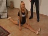 Česká teenka Sabrina v německém pornu